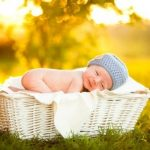 Mách mẹ cách tắm nắng cho trẻ sơ sinh an toàn giúp con khỏe mạnh